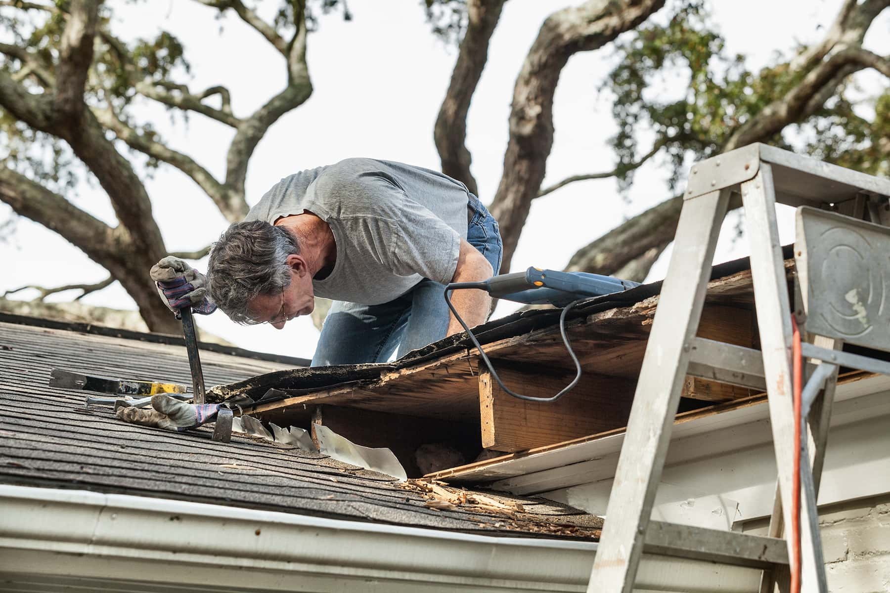 how much does a new roof cost for a 1500 square foot house